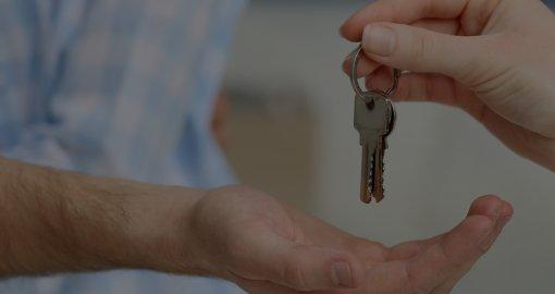Достоинства и недостатки оформления дарственной на квартиру