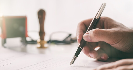Взыскание долга по расписке - Услуги от юридической компании «Конгломерат»