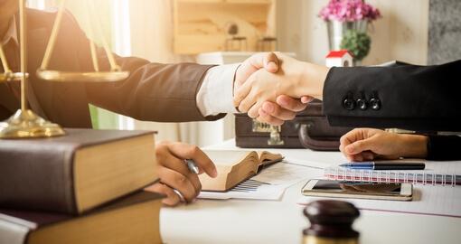 Услуги корпоративного бизнес-юриста - Услуги от юридической компании «Конгломерат»